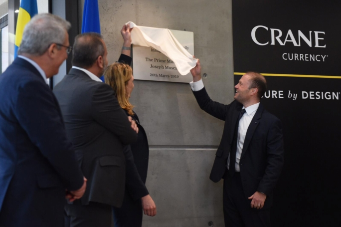 Joseph Muscat inaugurating a new facility at Crane Currency