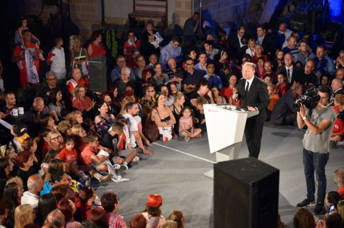 Labour leader Joseph Muscat addresses mass rally in Hamrun (Photo: Chris Mangion/MediaToday)