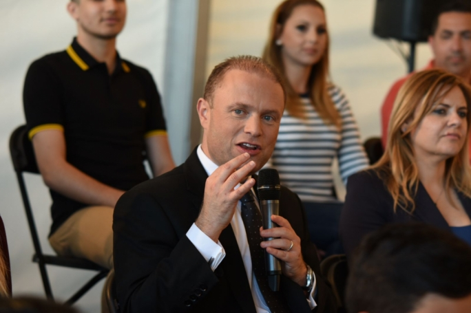 Labour leader Joseph Muscat participates in Pjazza fi Pjazza (Photo: Chris Mangion/MediaToday)