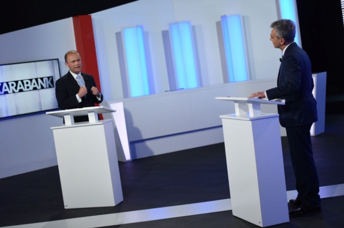 Prime Minister Joseph Muscat and Opposition leader Simon Busuttil head-to-head on Xarabank (Photo: James Bianchi/MediaToday)