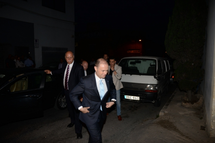 Prime Minister Joseph Muscat arrives at Xarabank's studios (Photo: James Bianchi/MediaToday)