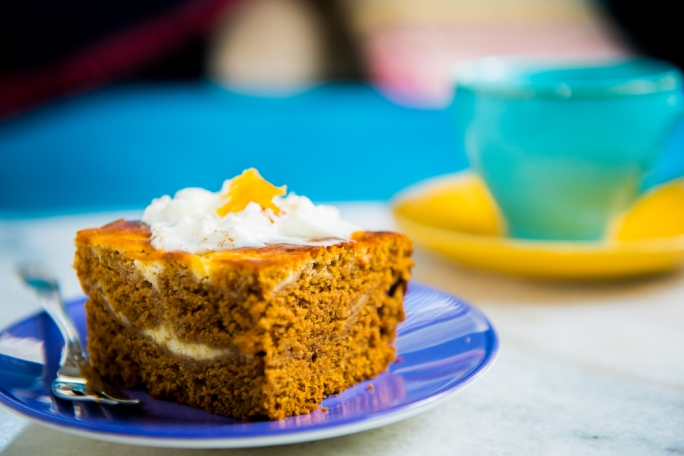 Pumpkin cake with cheesecake swirls
