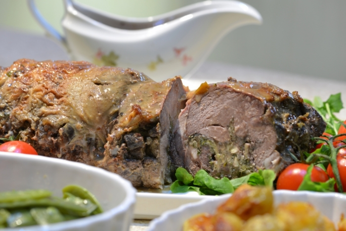 Leg of lamb stuffed with artichoke and fresh mint