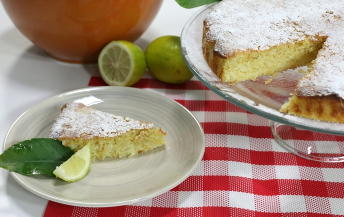 Lemon, almond and ricotta cake