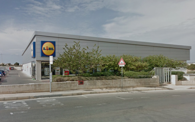Second Lidl worker contracts coronavirus