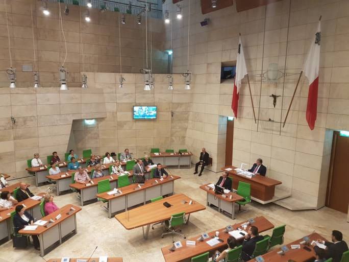 Malta facing political and institutional meltdown: employers lambast the two major political parties