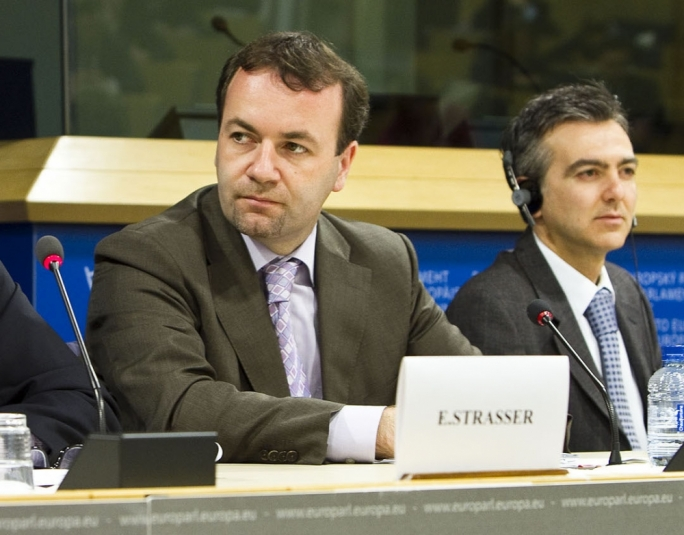 The comments made by the EPP Group chairman, Manfred Weber, are a grave concern and indicate that the PN are back in the game of using EPP to cause as much harm as possible