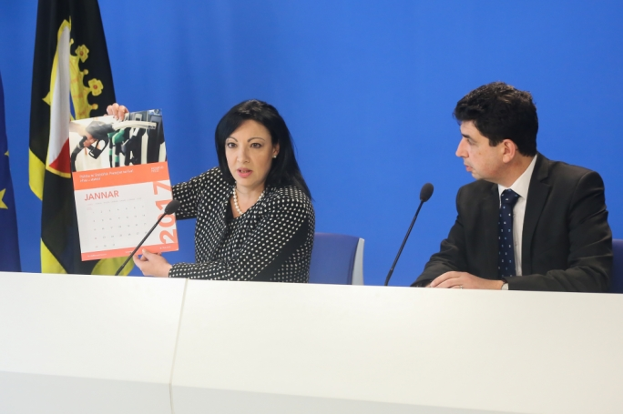 Updated | PN lambasts Muscat's 'blatant hypocrisy' as fuel prices rise