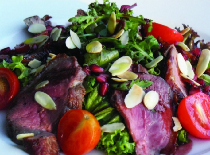 Duck salad with orange & pomegranate