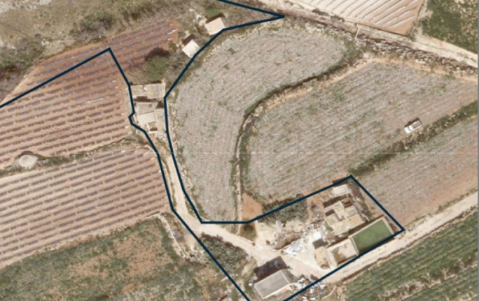 Aerial view of the site marked in blue, where enthusiasts wanted to build a fireworks factory