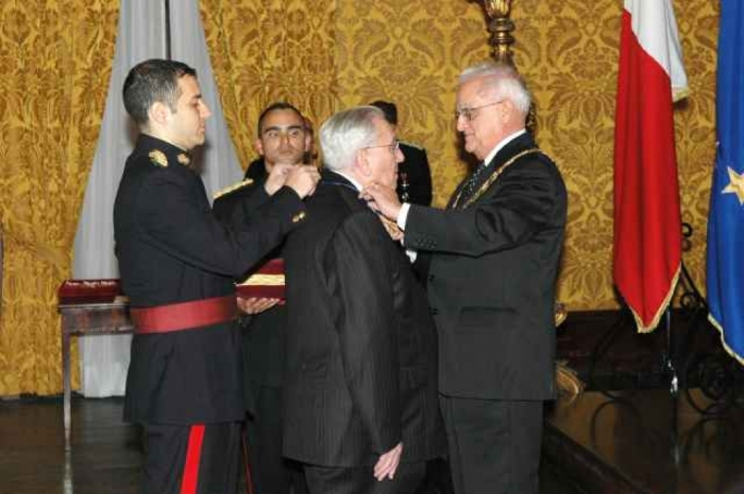 Michael Refalo at his investiture in 2007