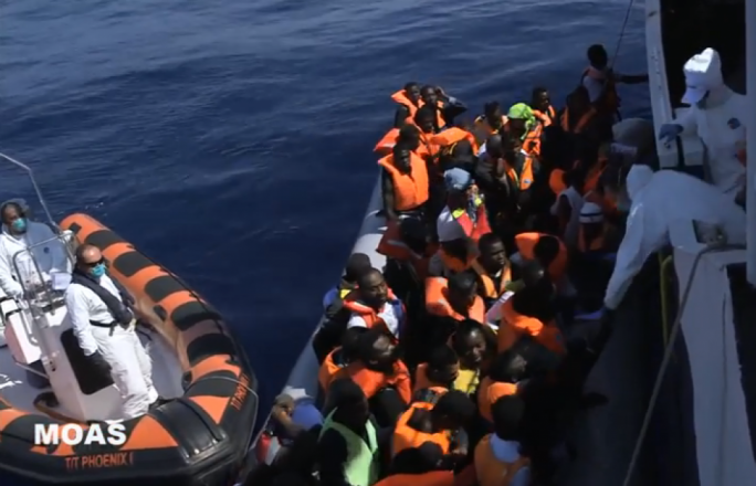 [VIDEO] MOAS rescues 92 migrants at sea