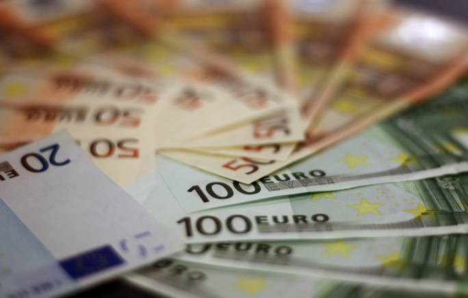 The man was found to be concealing almost €130,000 in undeclared cash