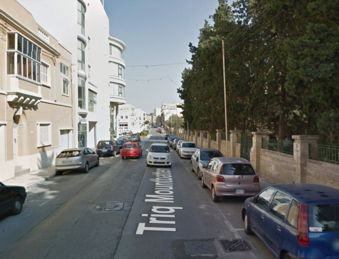 The woman fell into a trench in Triq Mountbatten in Hamrun (File photo: Googlemaps)