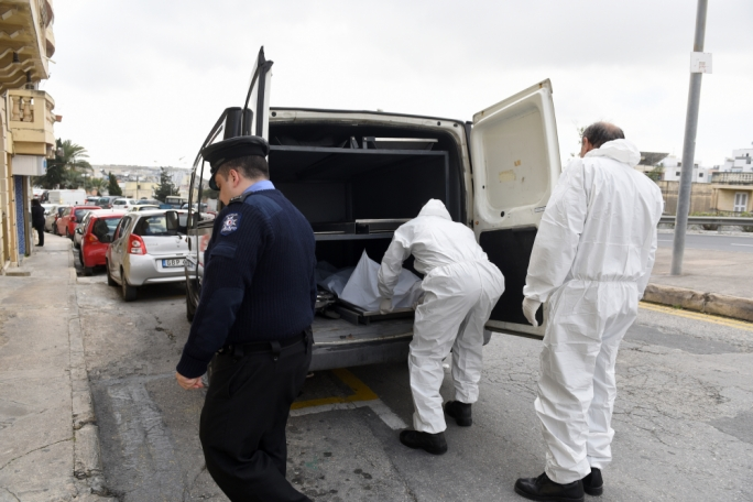 [WATCH] One dead, another hospitalised from toxic fumes in Msida