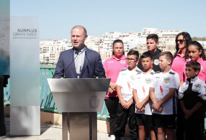 Prime Minister announces plans for new Marsaskala waterpolo pitch