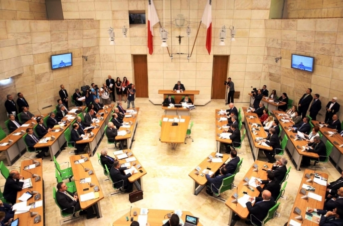 Opposition MPs walk out of Chamber in protest after Mizzi takes the mic