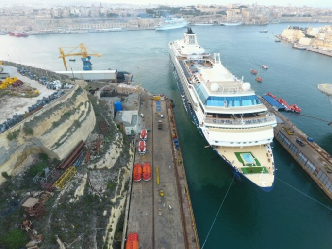 Italian cruise ship company to buy 50% stake in Palumbo shipyard