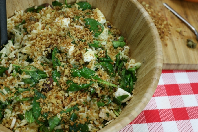 Pasta salad with feta cheese, spinach and gremolata