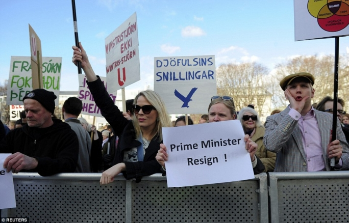 On Saturday about 1,000 people protested against the MPs involved, at a rally in Iceland's Parliament Square