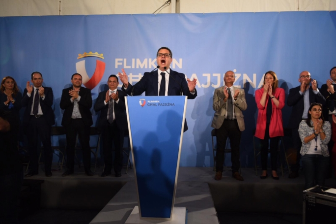 [WATCH] In last electoral rally, Delia apologises for PN's mistakes, says party is ready to rebuild