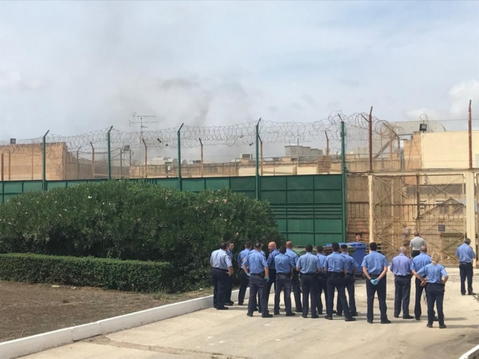 Police outside the Safi detention centre (File photo)