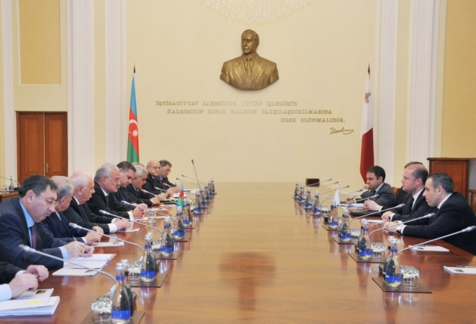 The Maltese delegation (at right) meeting Azeri officials in December 2014