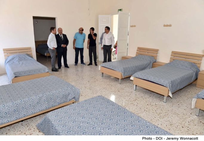 Minister Michael Farrugia tours the new Drop-in emergency centre