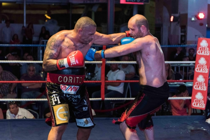 Malta's Heavyweight Champion Billy Corito got the better of UK challenger Jody Meikle to regain the significant winning belt. (Photo: A Bonnici Photography).