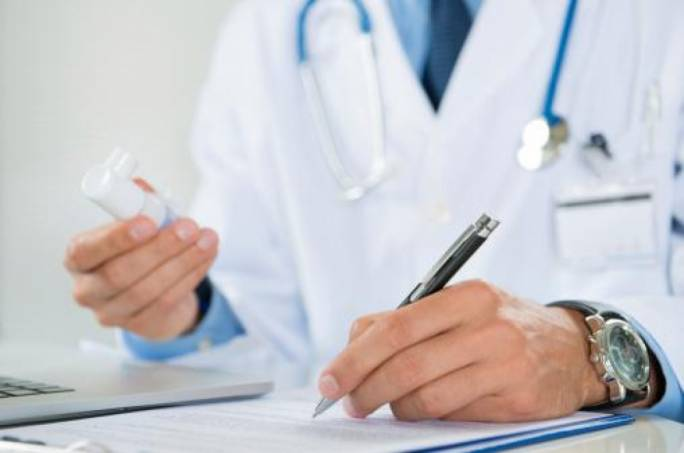 Private doctors to write repeat prescriptions for chronic disease sufferers