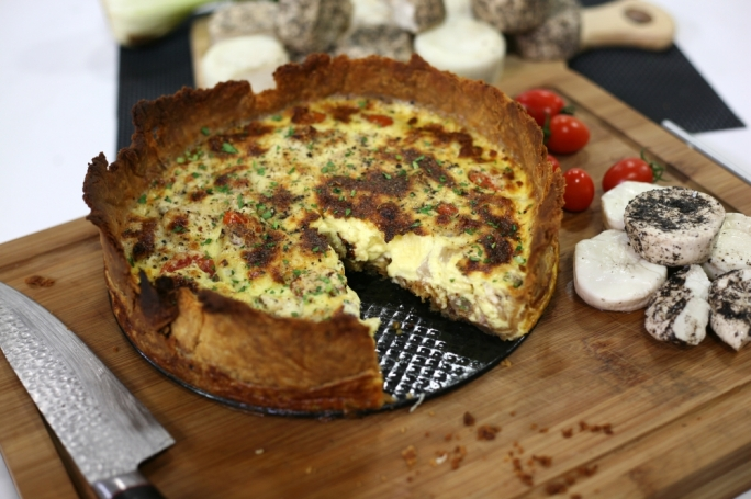 [WATCH] Quiche Rita with gbejniet and guanciale