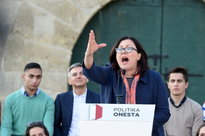 Independent MP Marlene Farrugia addressing the crowd during the PN's anti-corruption protest • Photos: Ray Attard