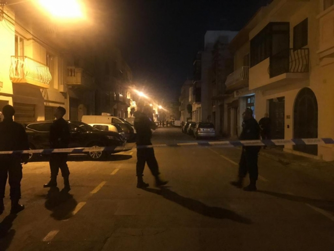 Updated  |  False alarm after man fears car bomb in Hamrun