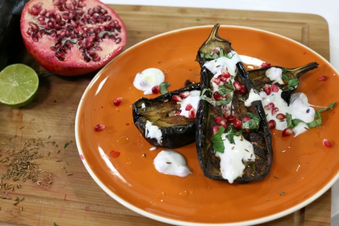 [WATCH] Roasted aubergine with yoghurt dressing