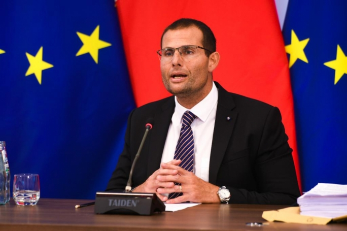 Robert Abela addressed a Cabinet meeting in Gozo