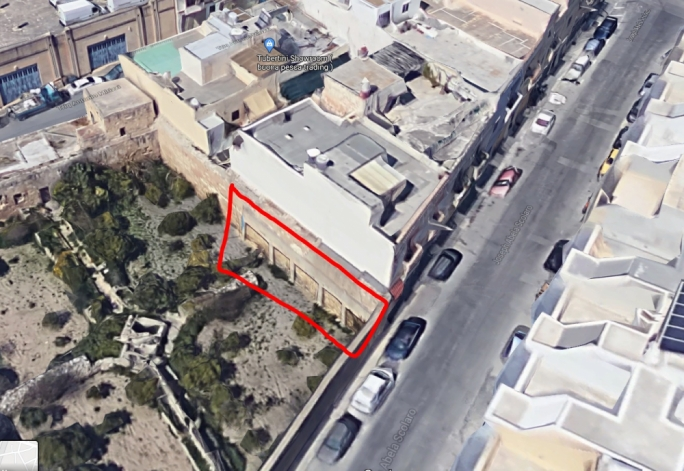 A Google Maps shot of the area, with the side that collapsed marked in red