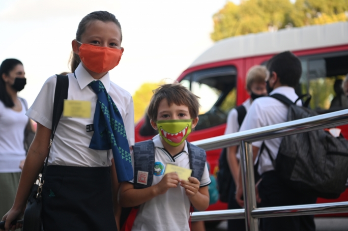 Students at San Anton School arrive by transport for the first time since March on Monday (Photo: Mark Zammit Cordina/ San Anton School)