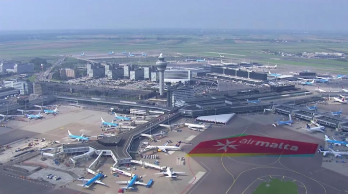 Air Malta celebrates 40 years of flights to Amsterdam