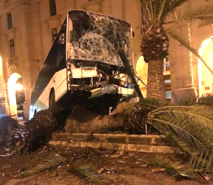 The bus knocked down a few palm trees after its driver slammed onto a central strip in Floriana (Photo: TVM)