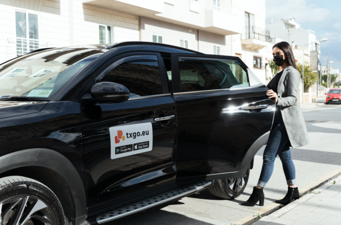 Get there on time and comfortably with TXGO's easy-to-use cab app