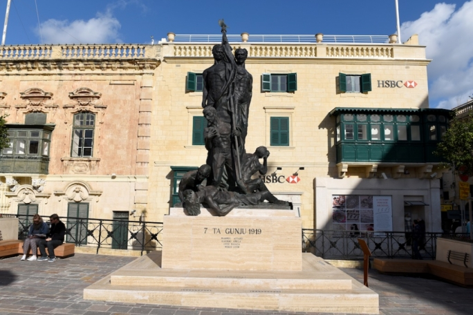 The Sette Giugno monument in St George's Square in Valletta