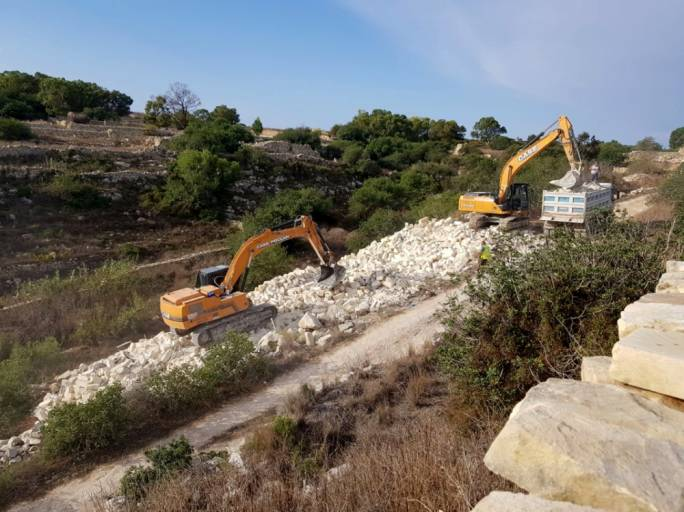 [WATCH] 118 truckloads of dumped construction material removed from Wied Qirda