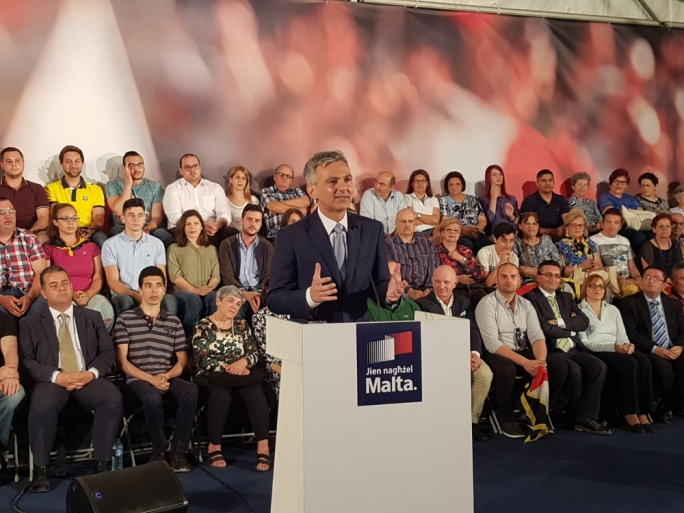 PN leader Simon Busuttil addresses supporters in Hal-Zebbug