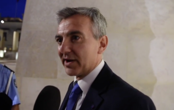 [WATCH] Deflecting questions, Simon Busuttil calls CapitalOne investigative report 'a fabrication'