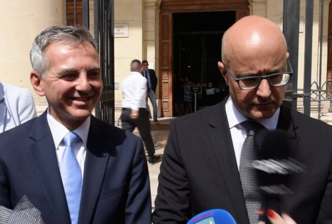 Simon Busuttil and Jason Azzopardi form part of Delia's restless backbench