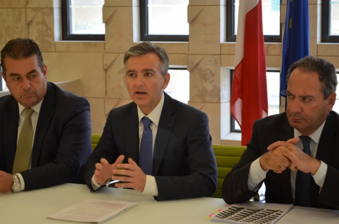 Opposition leader Simon Busuttil, pictured here with deputy leaders Beppe Fenech Adami and Mario de Marco, wants the parliamentary group to discuss the alleged medical visas racket
