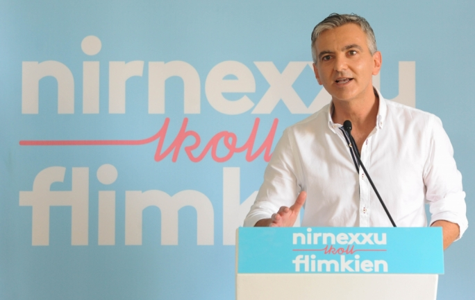 Opposition leader Simon Busuttil addressing the party faithful in Nadur