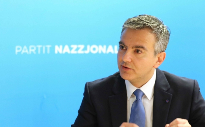 Busuttil says Alfred Mifsud should step aside due to bribery allegations