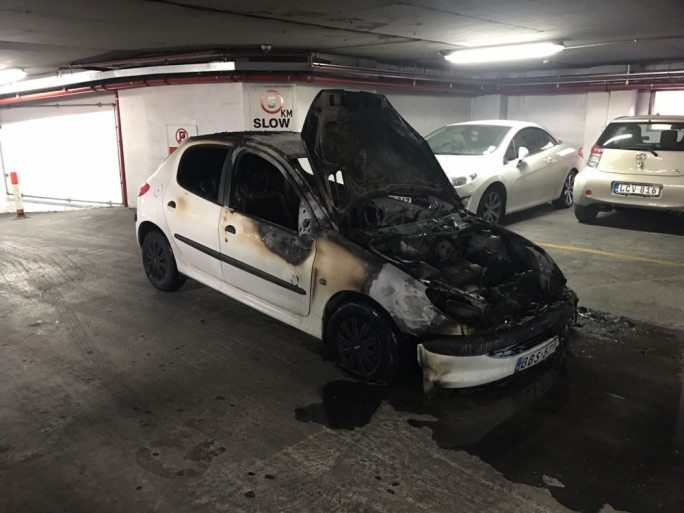 Sliema car park closed as vehicle catches fire