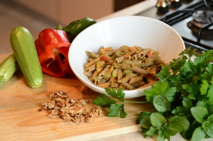 Spelt penne with sweet potato and parsley pesto